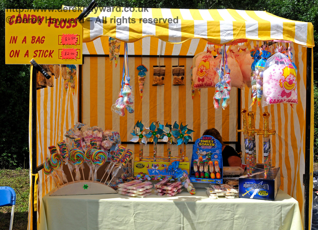 The Candy Floss stall at  Horsted Keynes.  01.08.2015  13351
