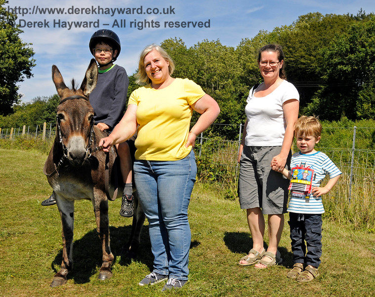 Donkey rides were available for younger visitors. Horsted Keynes  01.08.2015  13407