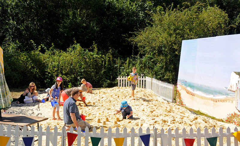 There was a sandcastle building competition.  Horsted Keynes  01.08.2015  13409