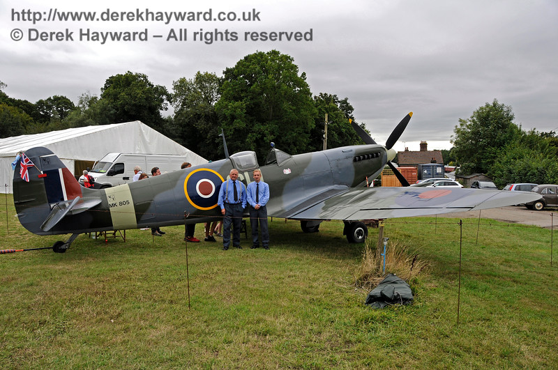 Spitfire HK 110818 18867 E