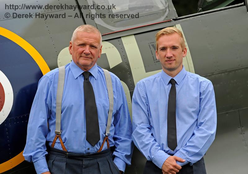 Spitfire team HK 110818 16726 E