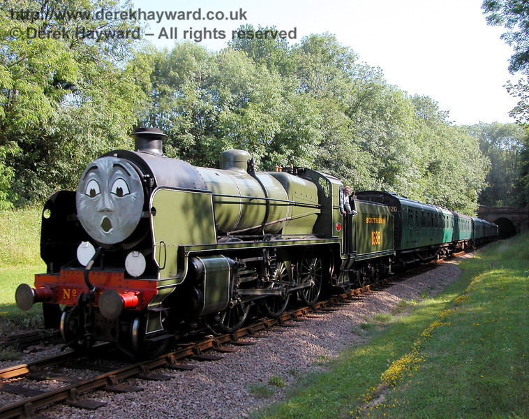 1638 is really shocked when someone takes his picture at West Hoathly Tunnel 24.06.2006