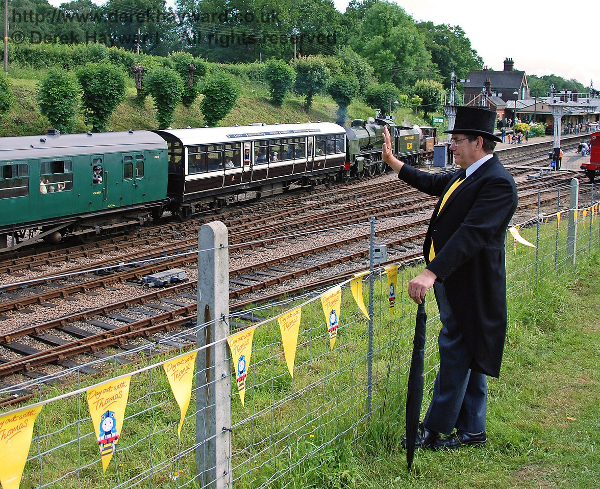 The Fat Controller waves to the children arriving on the Stepney Special. Horsted Keynes 23.06.2007