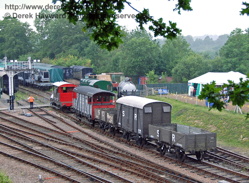 Luckily the Shunter just manages to stop the Troublesome Trucks outside Horsted Keynes 23.06.2007