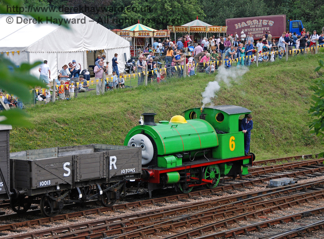 The crowds watch as Percy shunts the Troublesome Trucks at Horsted Keynes 23.06.2007