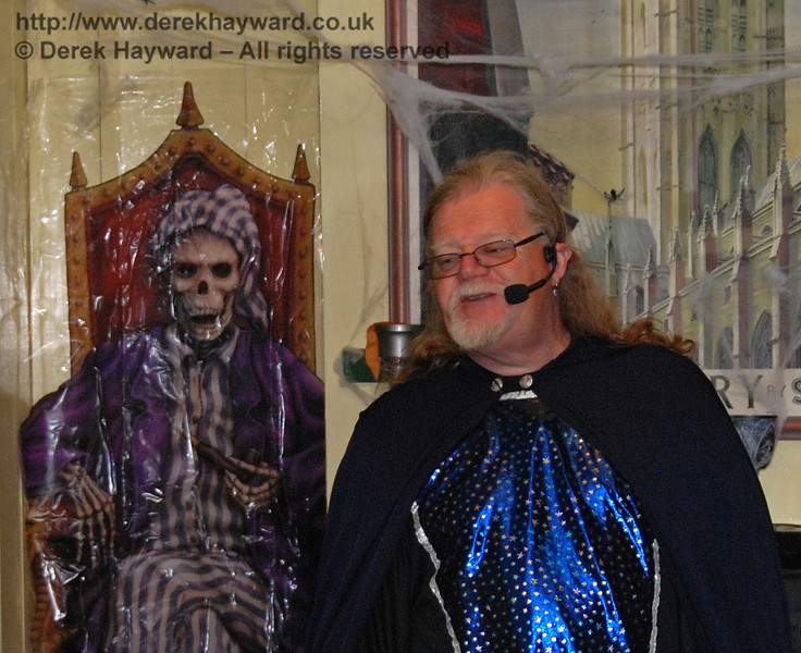 The wizard show, with a scary companion in the background. Horsted Keynes 25.10.2008
