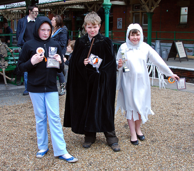 Fancy Dress Competition, Horsted Keynes. 25.10.2008