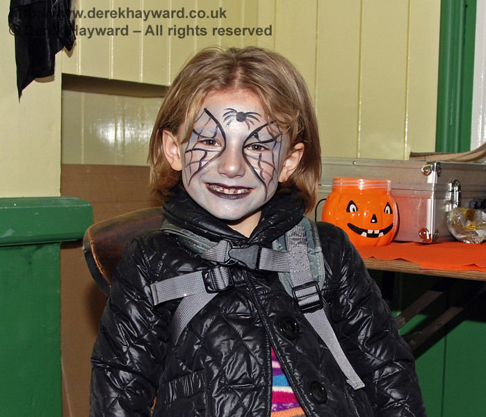 A scary face painting. Horsted Keynes 25.10.2008