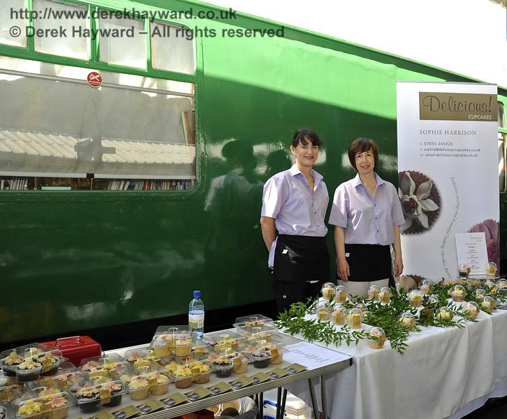 Food Fair HK 260611 1927 E
