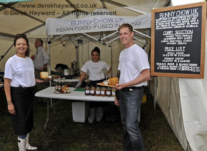 Bunny Chow UK.  Flavours from Sussex Food Fair, Horsted Keynes.  23.06.2012  5288
