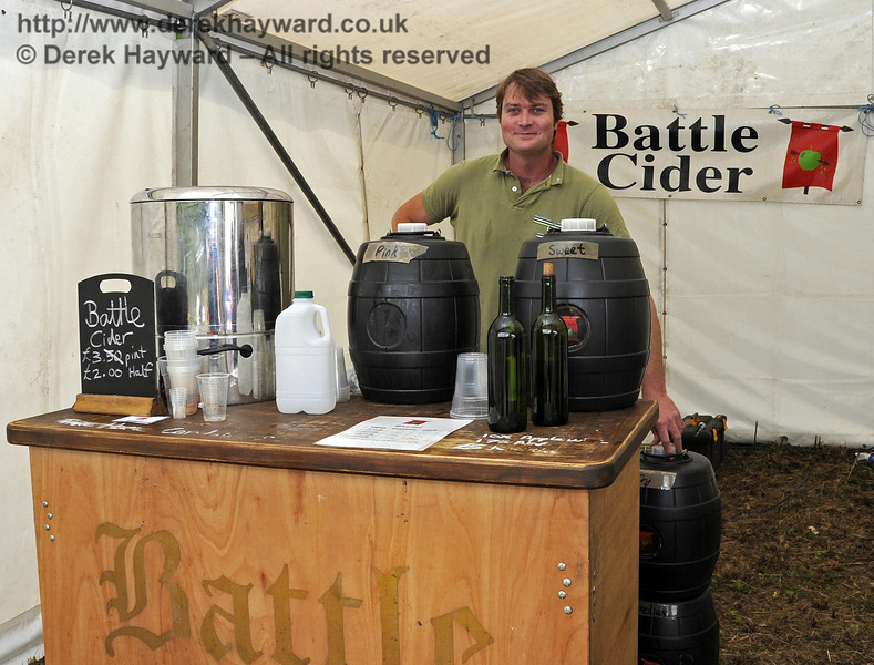 Battle Cider.  Flavours from Sussex Food Fair, Horsted Keynes.  23.06.2012  5292