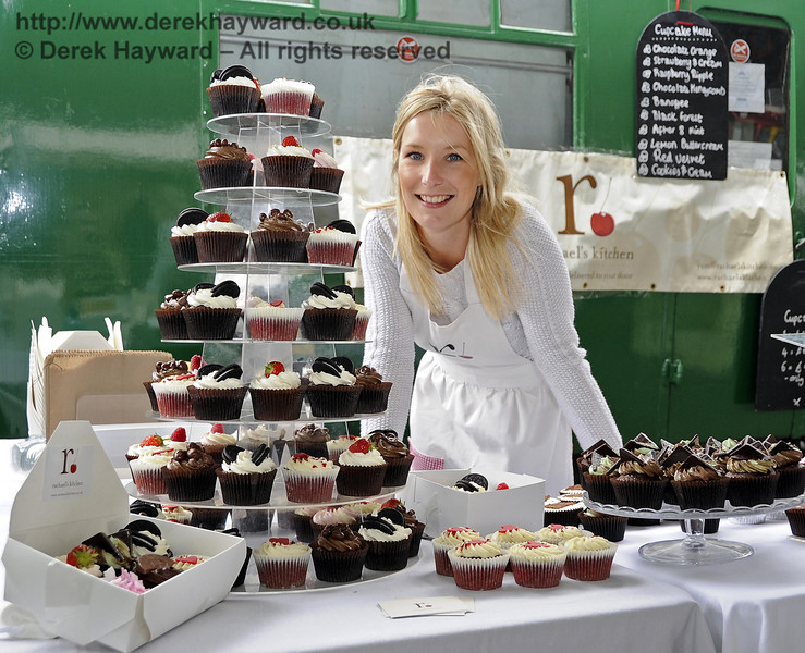 Rachael's Kitchen Cupcakes.  Flavours from Sussex Food Fair, Horsted Keynes.  23.06.2012   5263