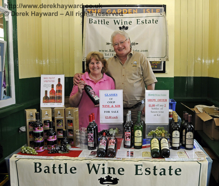 Battle Wine Estate.  Sussex Food Festival, Horsted Keynes, 06.07.2013  9399