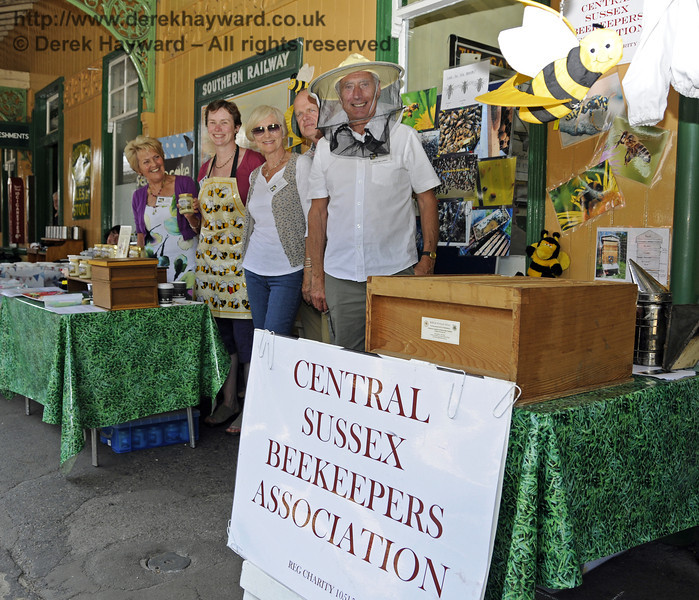 Central Sussex Beekeepers Association.  Sussex Food Festival, Horsted Keynes, 06.07.2013  9393