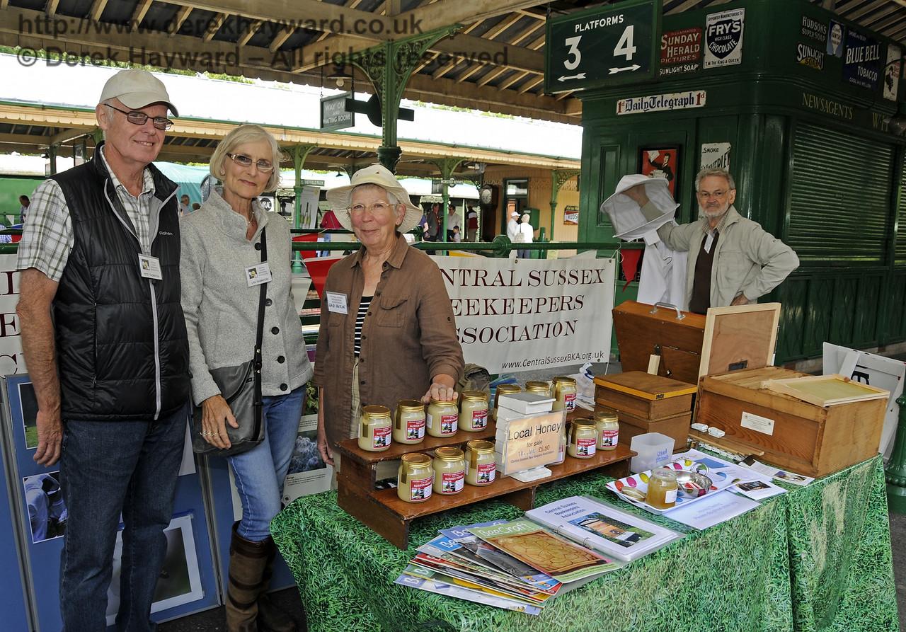 Central Sussex Beekeepers Association.  Sussex Food Festival, Horsted Keynes, 05.07.2014  11006