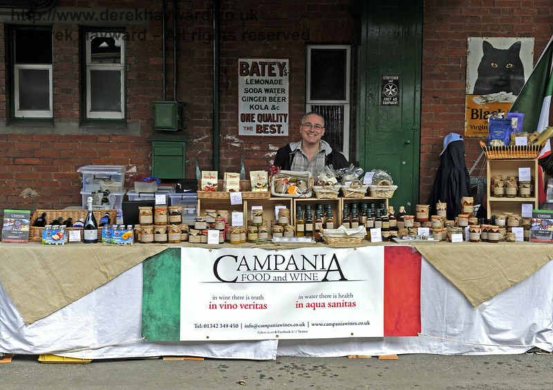 Campania Food and Wine.  Sussex Food Festival, Horsted Keynes, 06.07.2014   9852