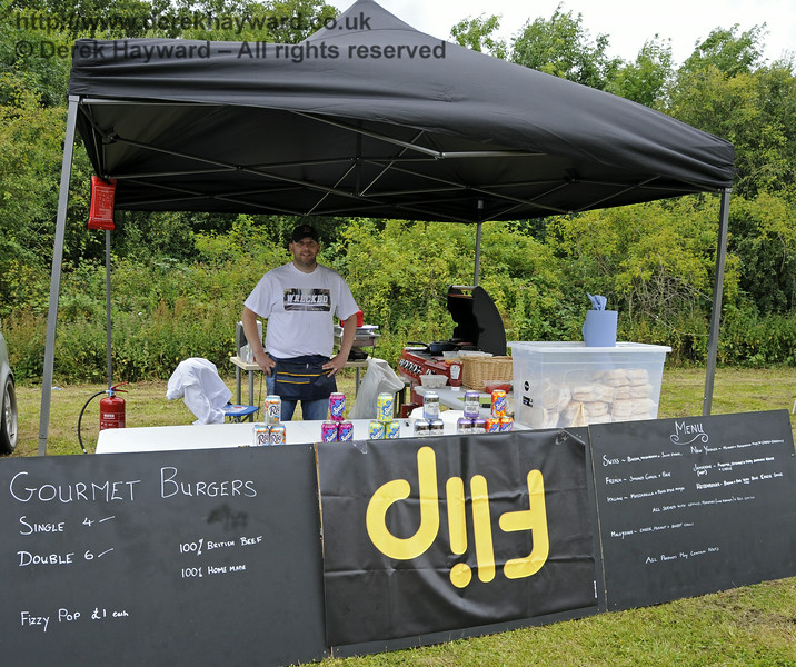 Flip Gourmet Burgers.  Sussex Food Festival, Horsted Keynes, 05.07.2014  11037