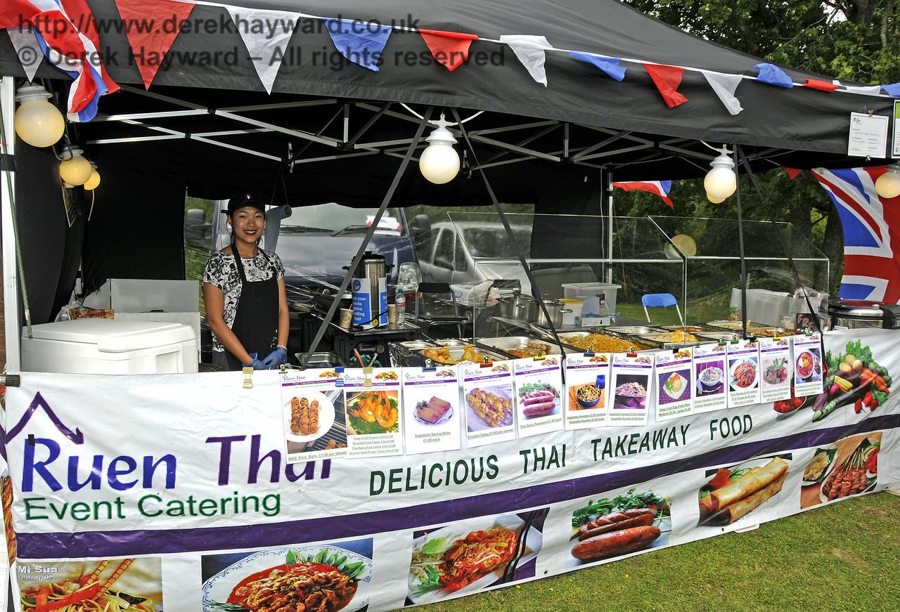 Ruen Thai Catering.  Sussex Food Festival, Horsted Keynes, 05.07.2014  11054