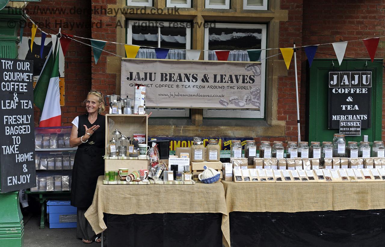Jaju Beans and Leaves, Coffee and Tea Merchants.  Sussex Food Festival, Horsted Keynes, 06.07.2014  9851