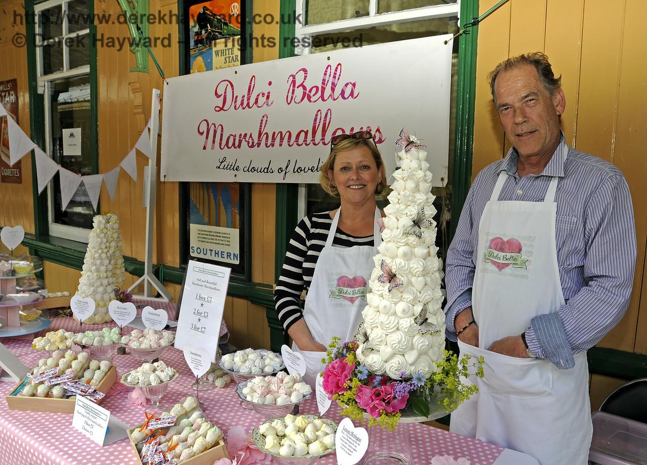 Dulci Bella Marshmallows.  Sussex Food Festival, Horsted Keynes, 05.07.2014  10987