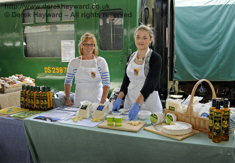 Plumpton College Dairy.  Sussex Food Festival, Horsted Keynes, 06.07.2014  11160