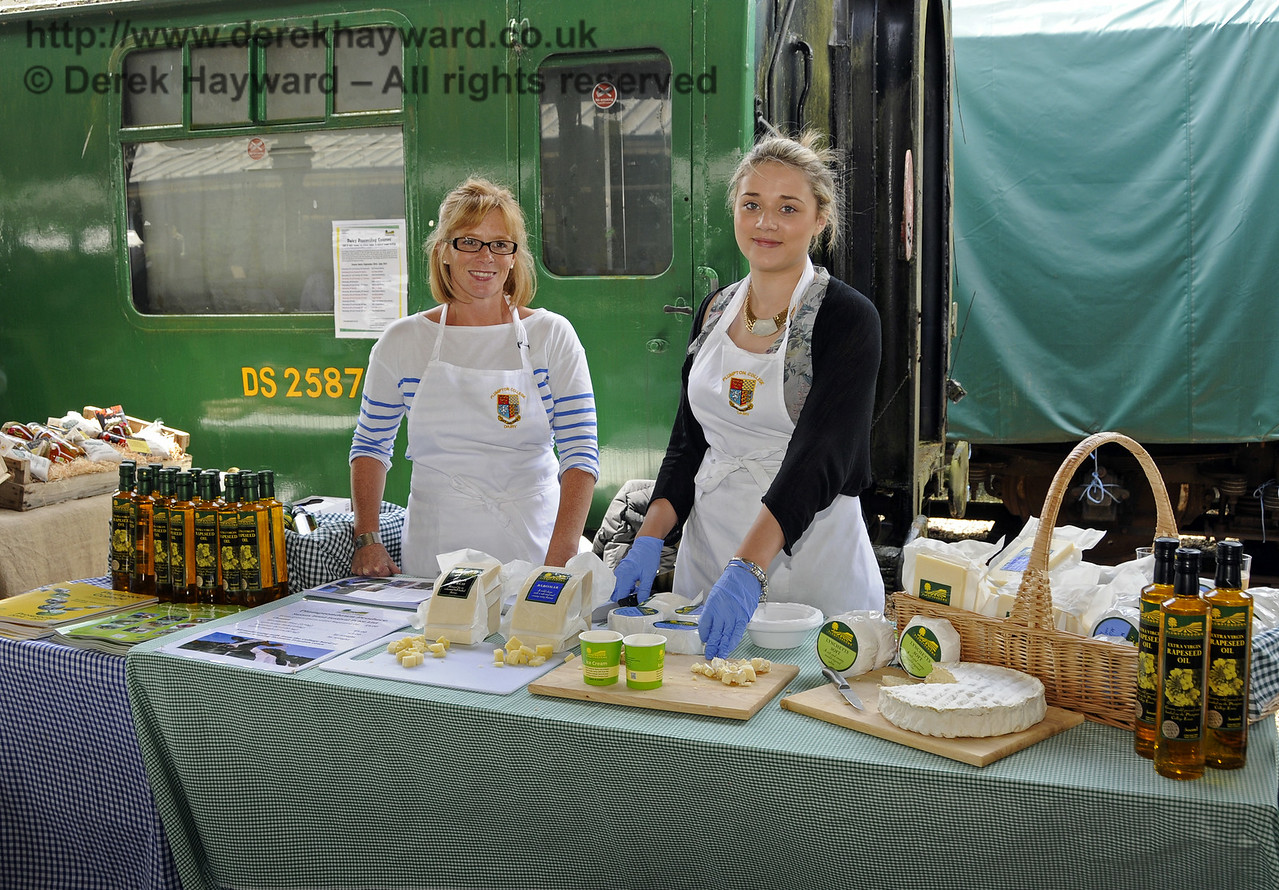 Plumpton College Dairy.  Sussex Food Festival, Horsted Keynes, 06.07.2014  11160