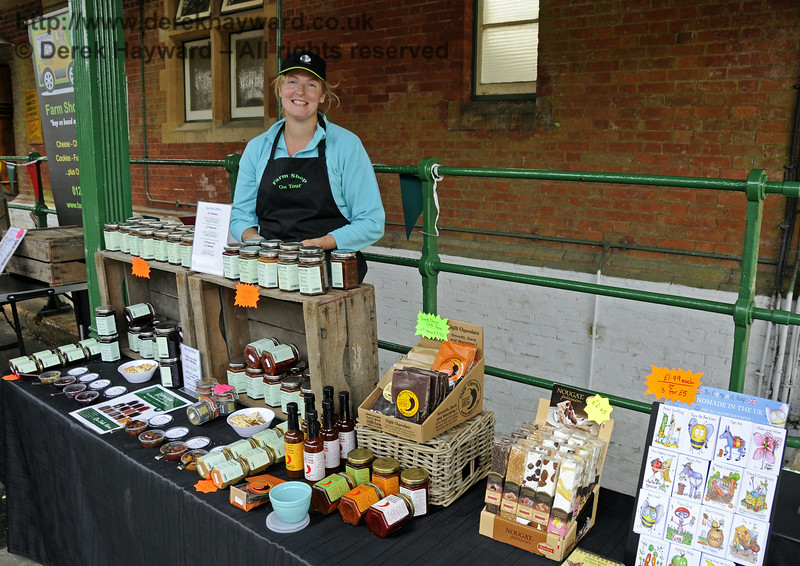 Farm Shop on Tour.  Sussex Food Festival, Horsted Keynes, 06.07.2014   11155