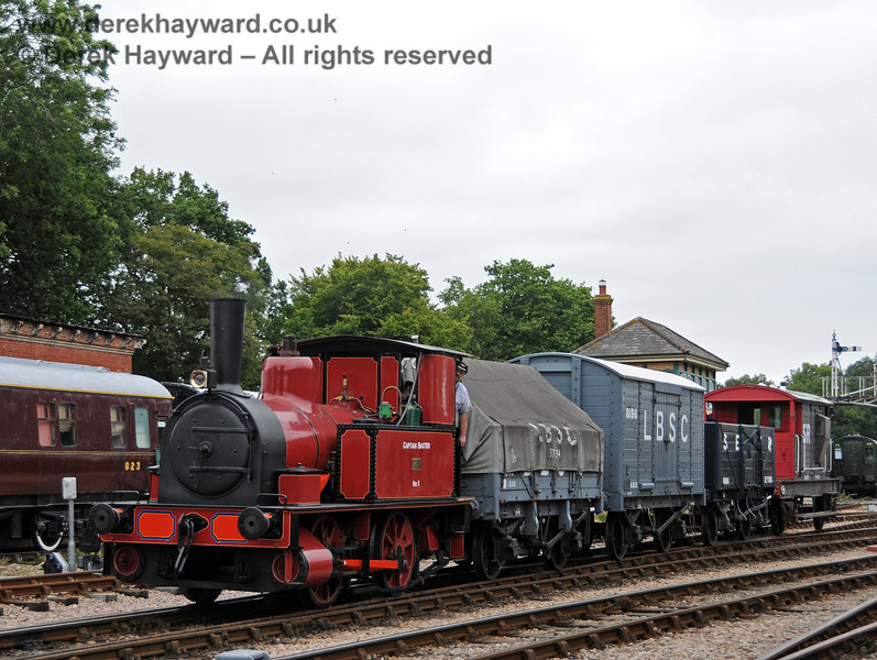 Captain Baxter departs south from Horsted Keynes. 06.08.2010 3626