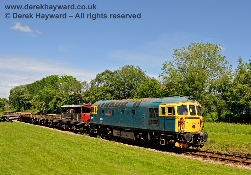 Class 33 33103 Swordfish at West Hoathly. 14.06.2013 8958