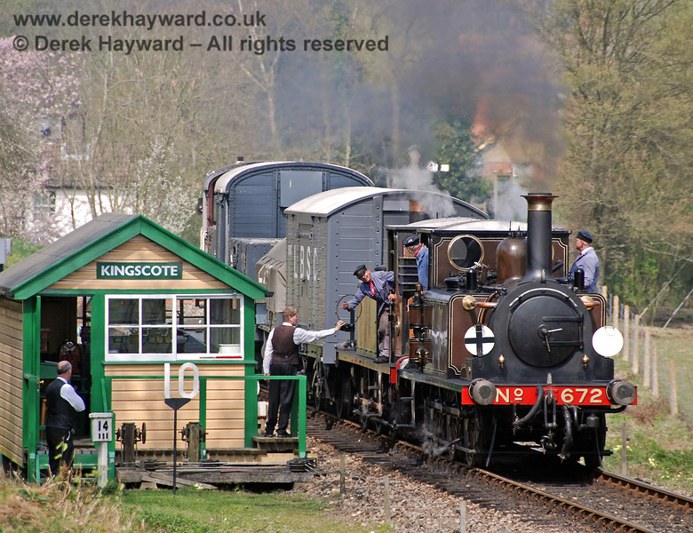 672 and 55 collect the single line token as they leave Kingscote. 14.04.2007
