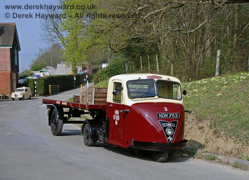 NDN753 Horsted Keynes 2 140407 150 E