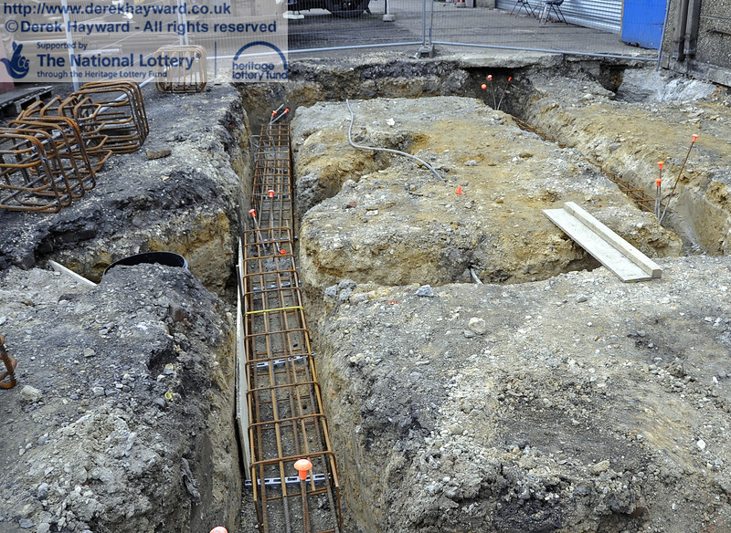 Steel reinforcing is currently being installed in the foundation trenches ready for further concrete pouring later in the week.  20.03.2012  3907