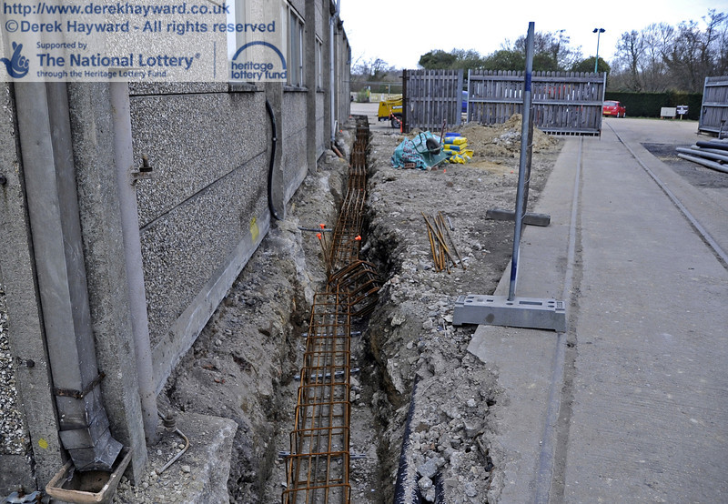 Steel reinforcing is currently being installed in the foundation trenches ready for further concrete pouring later in the week.  20.03.2012  3909