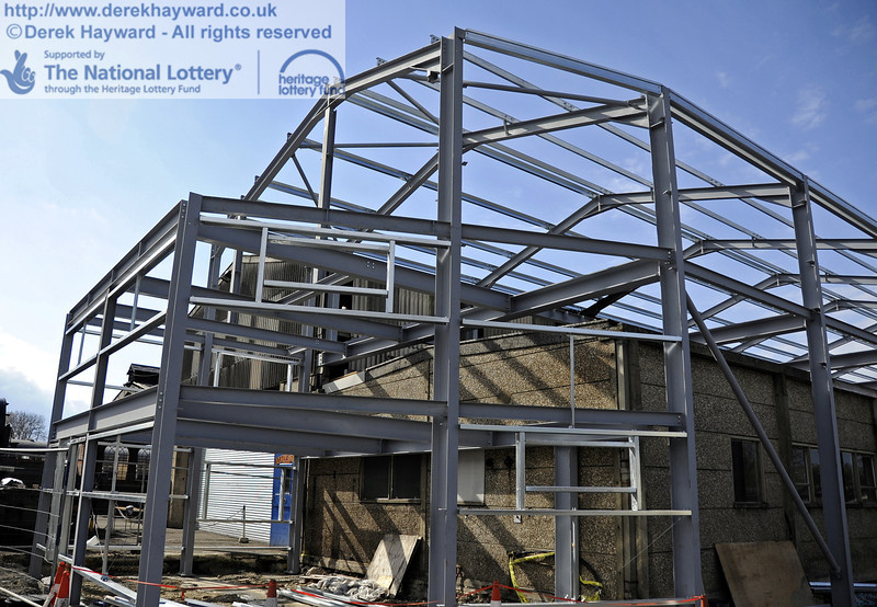 The southern section of the above Workshop facilities has now been erected.  15.04.2012  4435