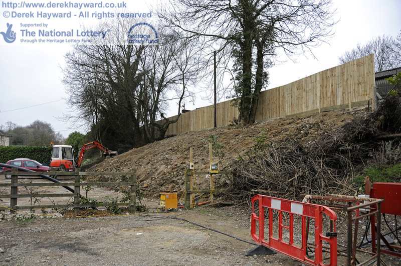 Looking south along the reinstated eastern embankment.  17.03.2011  6509