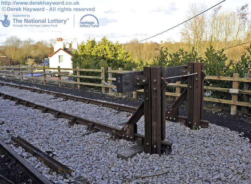 The new buffers at the southern end of the headshunt.  19.02.2012  3629