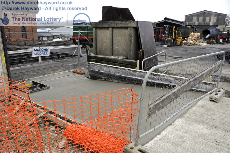 The newly laid access ramp leading from the locomotive yard to the wash out pit.  17.03.2011  6500