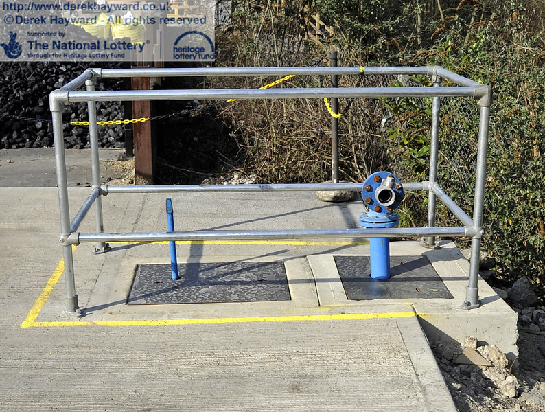 Safety barriers and markings have been installed around the valves and pipes.  25.03.2012  4130