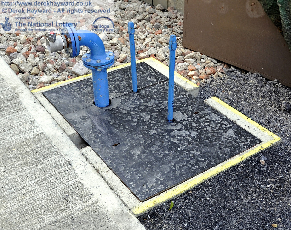 Custom made covers have been fitted on the inspection chambers and safety markings have been installed around the valves and pipes.  25.03.2012  4128