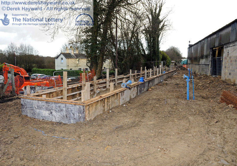 The Wash Out Pit on 12.02.2011. The trench for the water pipes has been filled in, but little else has changed.  5895