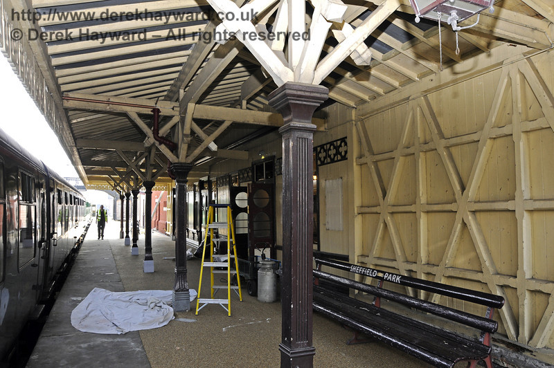 The refurbished canopy on Platform 2, looking south.  25.03.2011  6545