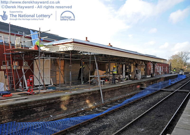 A slightly closer view of the extended canopy as contractors work to finish the southern end. 03.02.2011  5724
