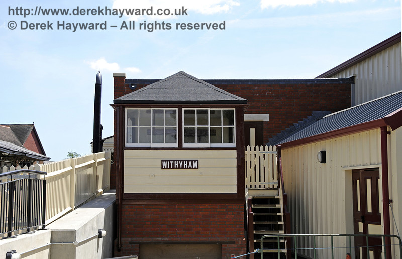 Looking south at the refurbished Withyham signal box.  01.06.2011  7378