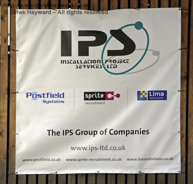 An additional banner identifying contractors is now displayed.  28.04.2011  6914