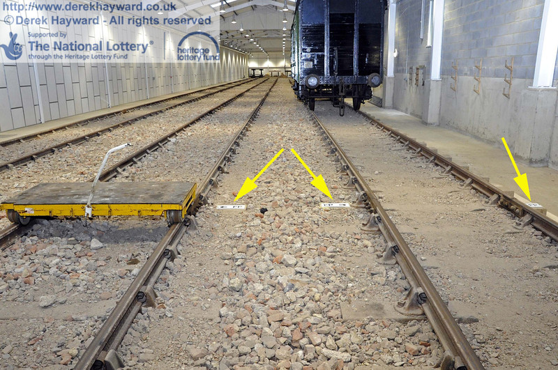 The Fouling Points have now been marked.  This is the point at which any stock south of the Fouling Point would foul access to the other tracks.  As the shed is a siding/yard, the FP is at the physical fouling point.  If it was a signalled move, it would be 16 feet further back.  24.11.2011  3174