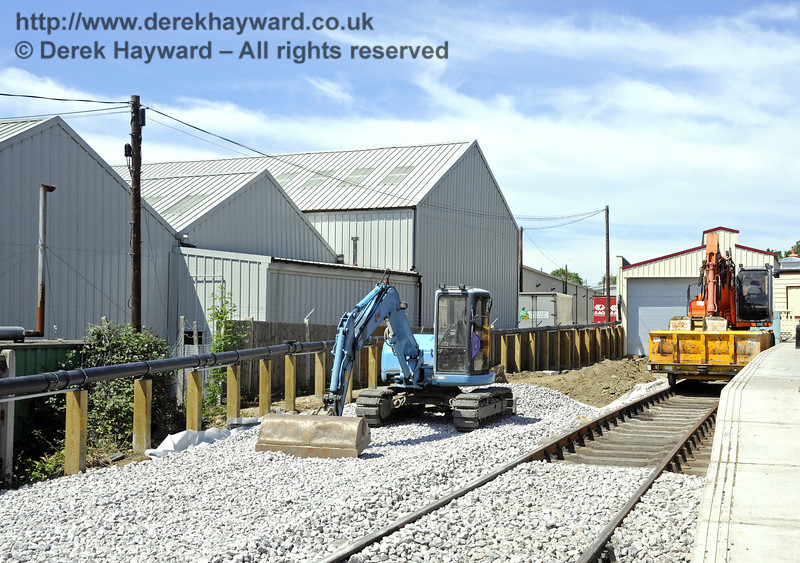 Ballast is being laid ready for the new track into the Carriage Shed.  01.06.2011  7373