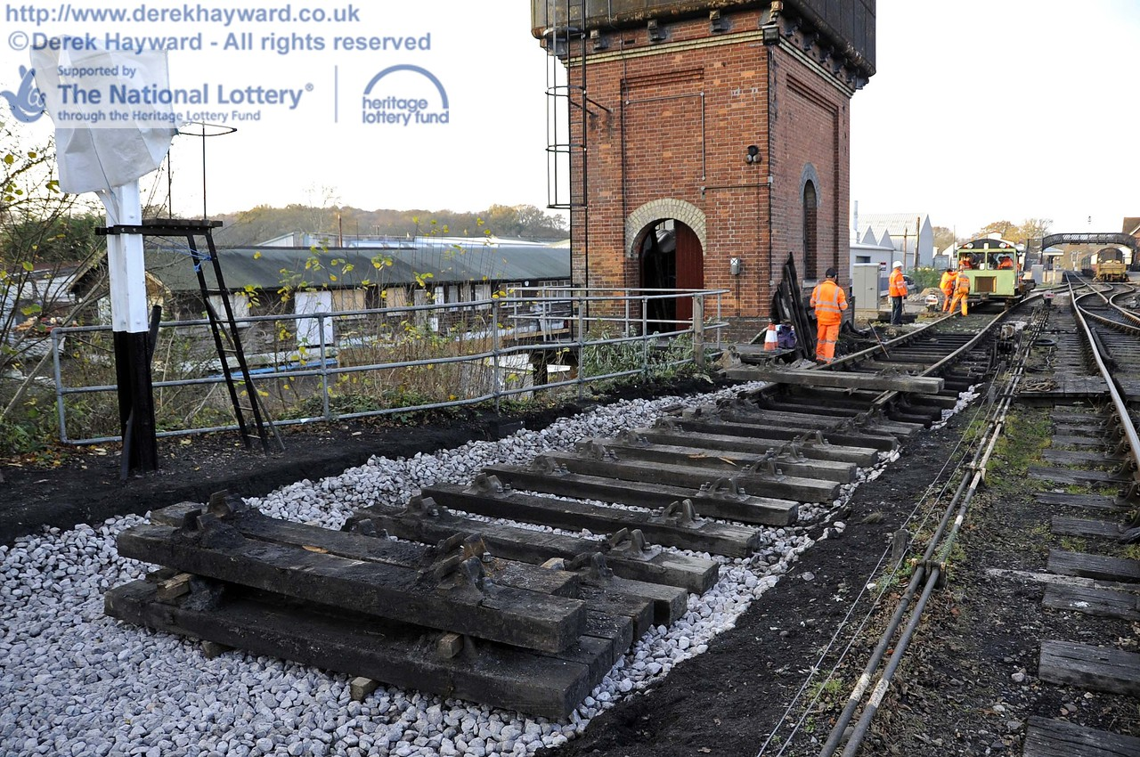 The old wash out pit has been filled in, and some new track panels were being laid to replace life expired items.  A new point is also to be installed to slightly lengthen the sleeping car siding. 24.11.2011  3146