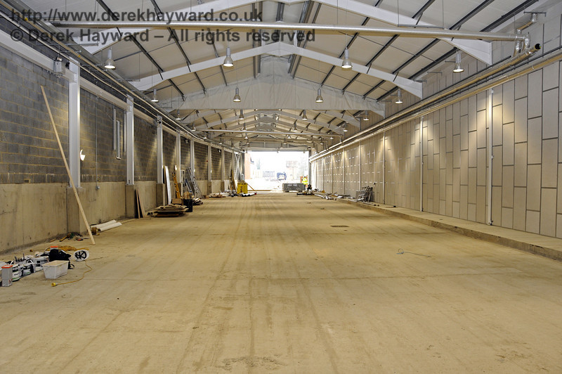 Looking south in the Carriage Shed from the centre.  17.03.2011  6451