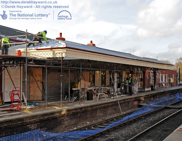 A slightly closer view of the extended canopy as contractors work to finish the southern end. 03.02.2011 5737E2