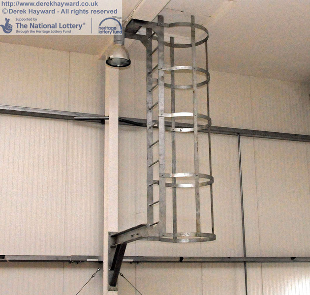 A ladder has been fitted up to the bat loft, but to ensure privacy for our guests there is no lower section!! 18.01.2011  5614